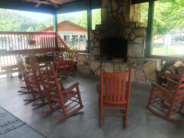 RiverVista RV Resort Covered Fire Pit