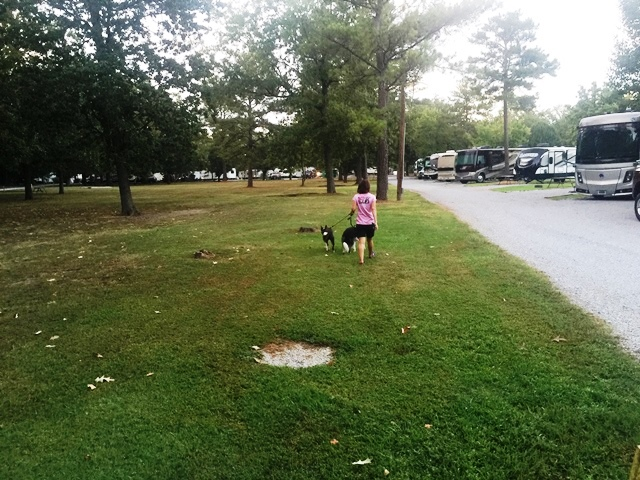 Holiday RV Park – Near Chattanooga, TN – Park Review